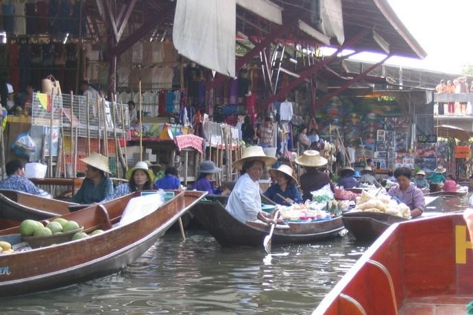 Drijvende markt Thailand 2
